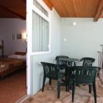 Mini terasa, miza + 4 stoli